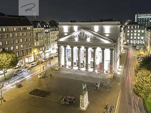 Theater Aachen bei nacht