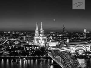 Köln Skyline Panorama Schwarz/Weiß