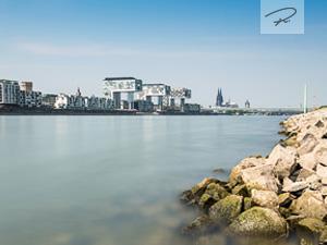 Köln Skyline mit Kranhäusern