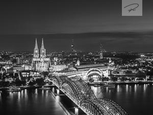 Köln Skyline S/W