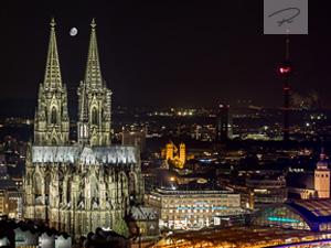 Der Kölner Dom in der Nacht