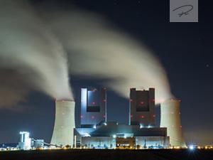 Kraftwerk Neurath in der nacht