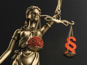 The Statue of Justice - lady justice or Iustitia / Justitia the Roman goddess of Justice with coronavirus covid-19 in scale - law concept image : Stockfoto oder Stockvideo und Fotos, Bilder, Stockmedien von rcfotostock | RC-Photo-Stock
